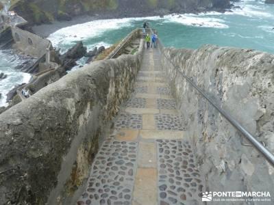 Reserva de la Biosfera Urdaibai - San Juan de Gaztelugatxe;pistas y senderos bastones para senderism